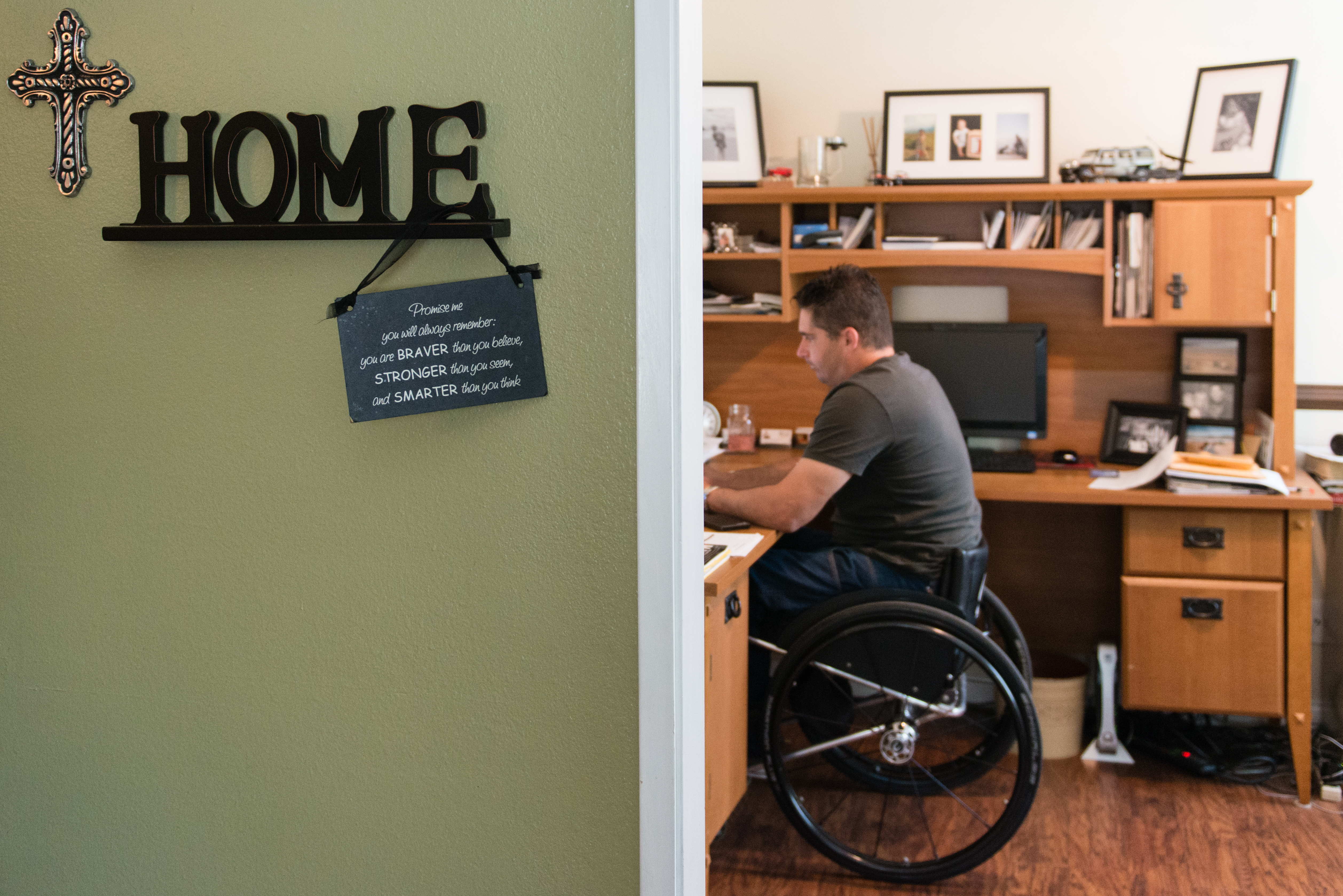 Anthony R. Orefice, 40, owns a medical supply business and works from home. Orefice says his faith helped him get through the initial depression of being paralyzed (Photo by Heidi de Marco/KHN).