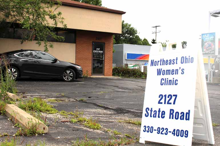 Dr. David Burkons recently opened this clinic that performs abortions, one of only nine in Ohio, just south of Cleveland. (Photo by Sarah Jane Tribble/WCPN)