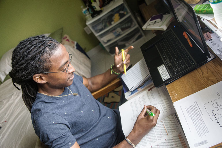 More Sickle Cell Patients Survive, But Care Is Hard To Find