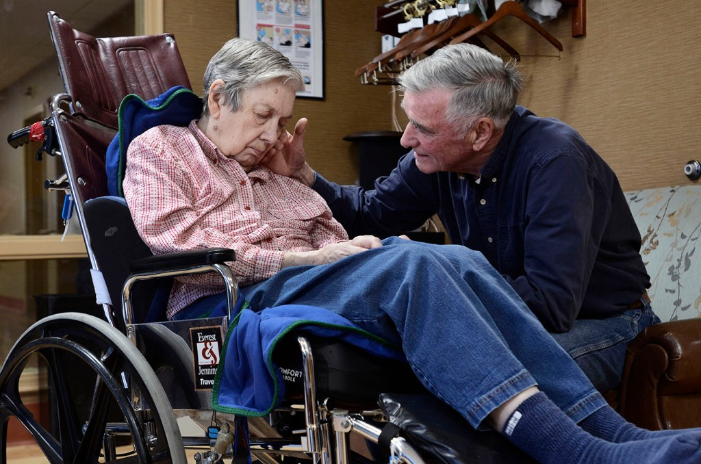 Like A Ghost Town Erratic Nursing Home Staffing Revealed Through New Records Kaiser Health News