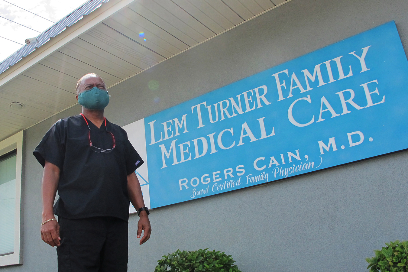 Florida's Cautionary Tale: How Gutting and Muzzling Public Health Fueled COVID Fire thumbnail