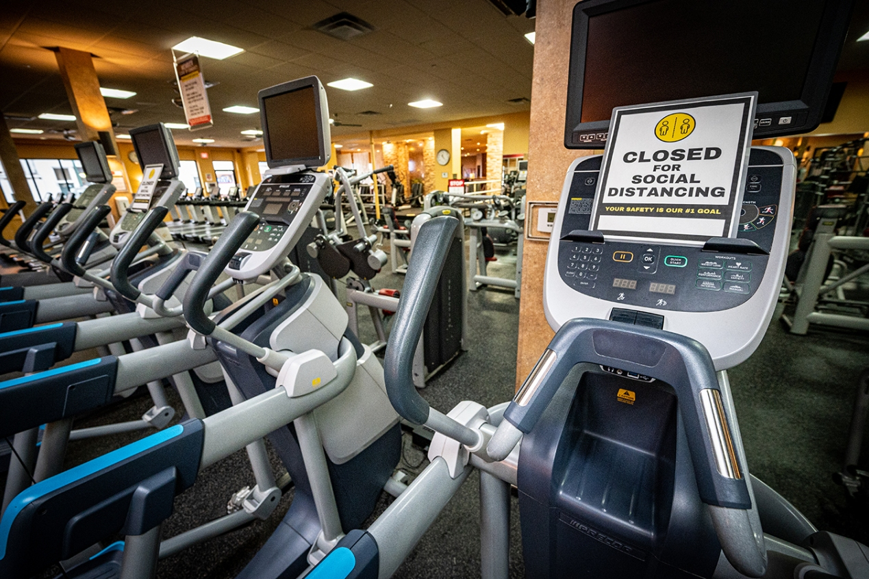Making Gyms Safer: Why the Virus Is Less Likely to Spread There Than in a  Bar | Kaiser Health News