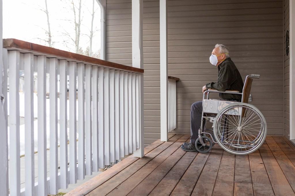 Covid Cases Plummet 83% Among Nursing Home Staffers Despite Vaccine Hesitancy thumbnail