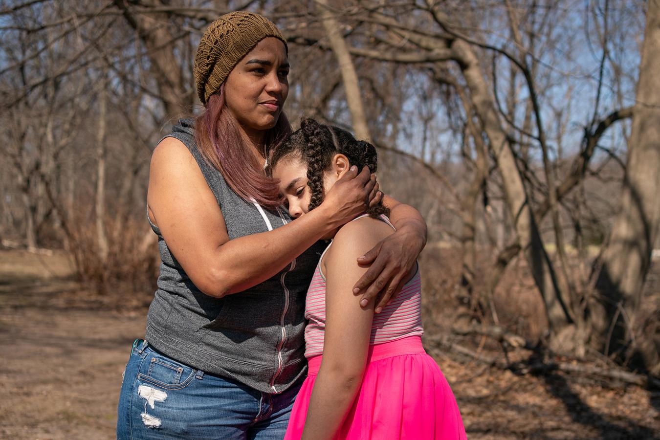 Alexandra Sierra hugs her daughter