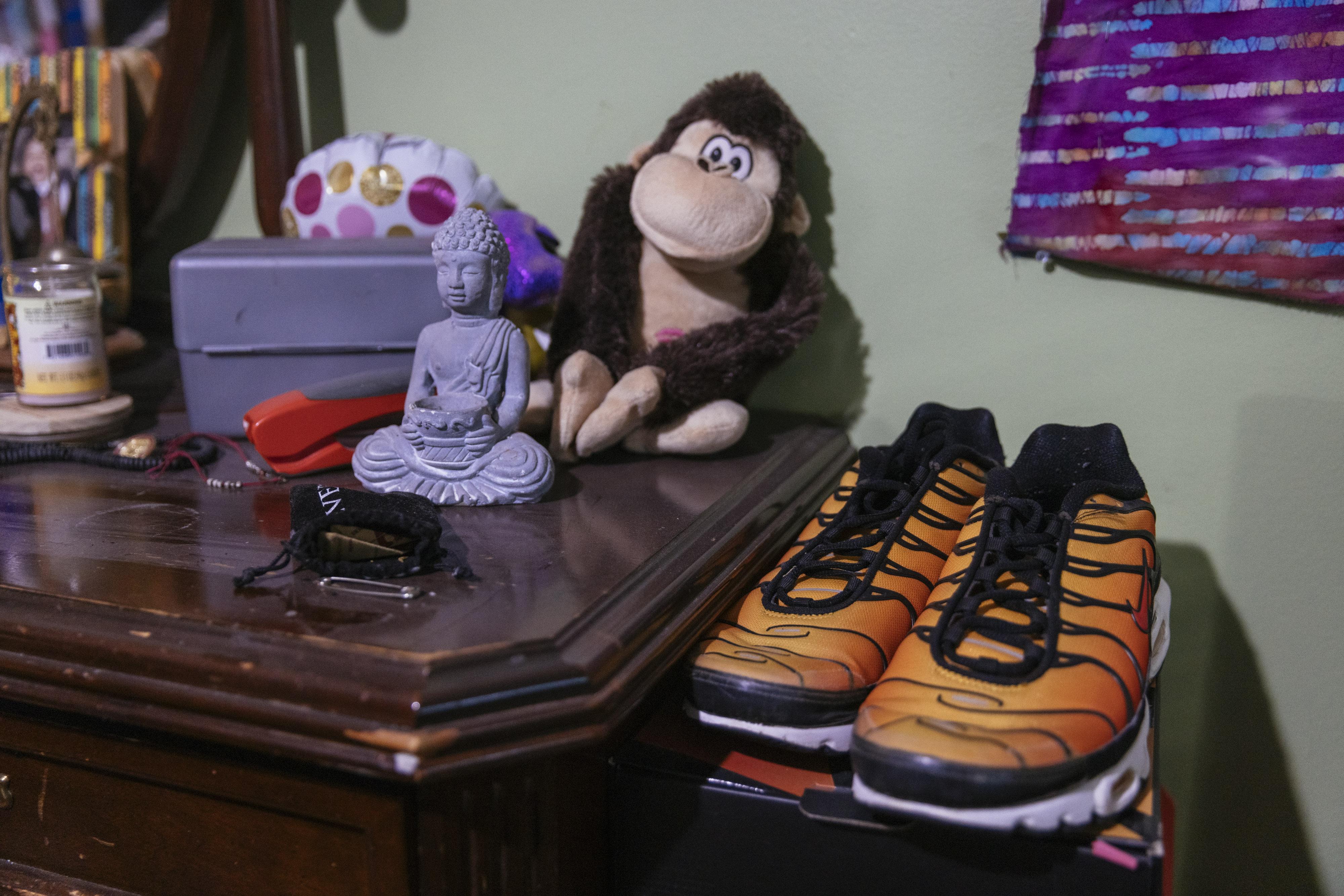 Jamal Clay's belongings on a dresser in his room